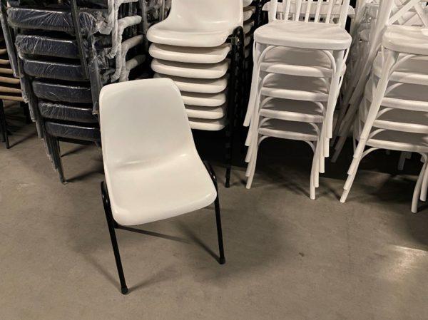 witte arena stoelen